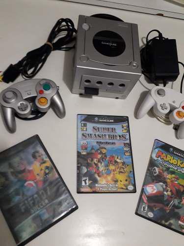 Nintendo Gamecube + 2 Controles + 3 Juegos + 1 Memory Card 0