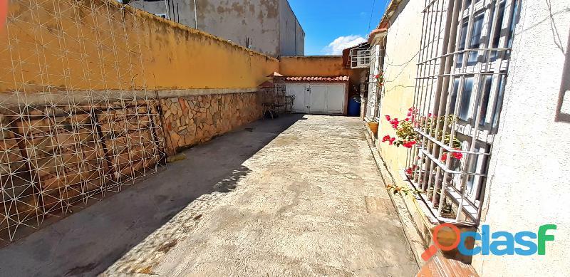 Se Vende Hermosa Casa en la Urb. Laurencio Silva en ciudad alianza 8