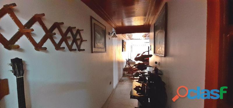 Se Vende Hermosa Casa en la Urb. Laurencio Silva en ciudad alianza 5