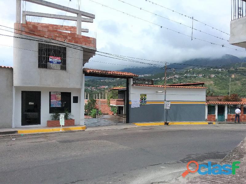 SE ALQUILA / RENTA Local Comercial para Industria o Comercio de materiales y mercancias. 0