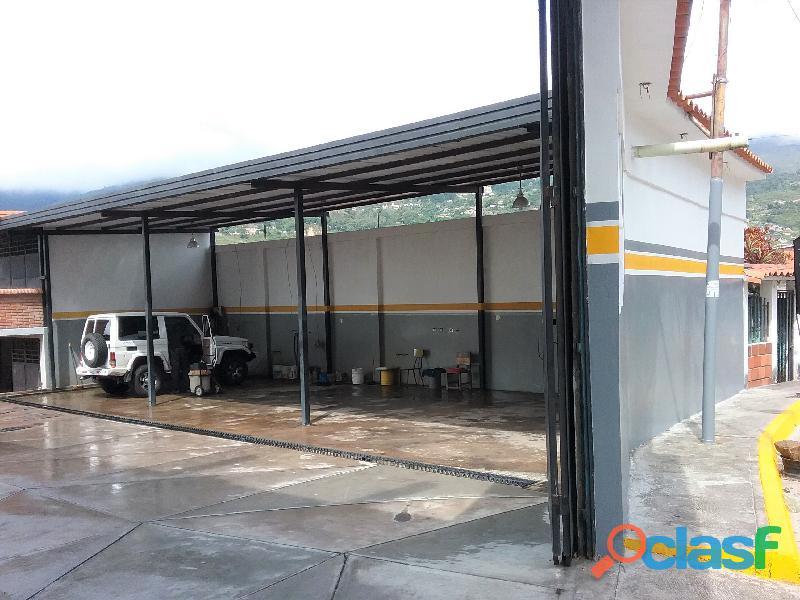 SE ALQUILA / RENTA Local Comercial para Industria o Comercio de materiales y mercancias. 1