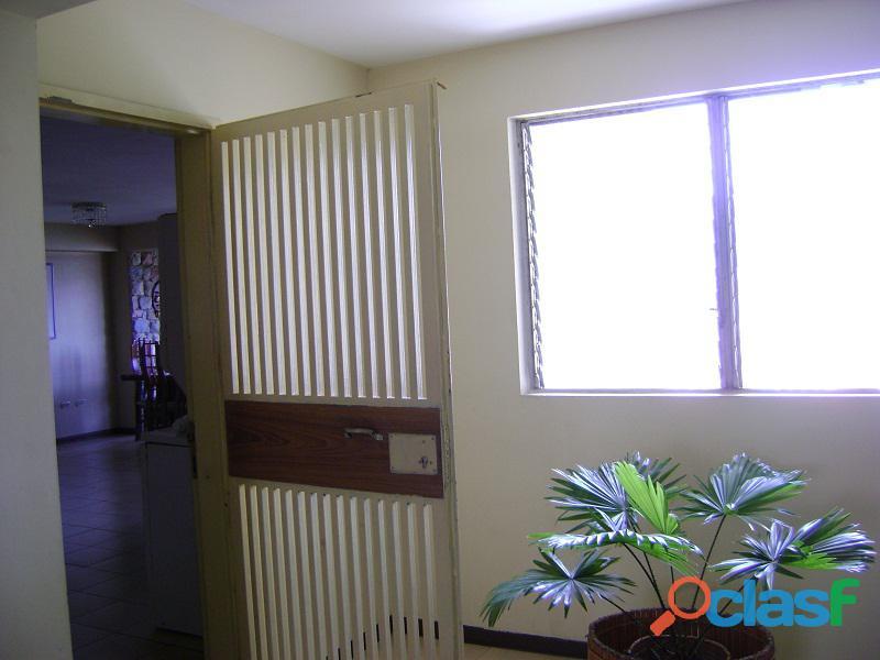 Apartamento en Valles de Camoruco, Res. Paraiso J FOA 791 7