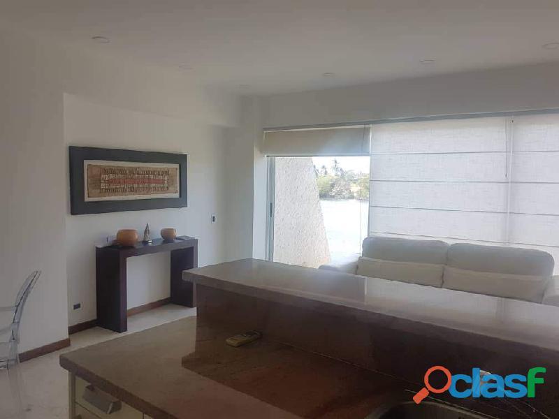 En venta casa Isla Paraiso 8