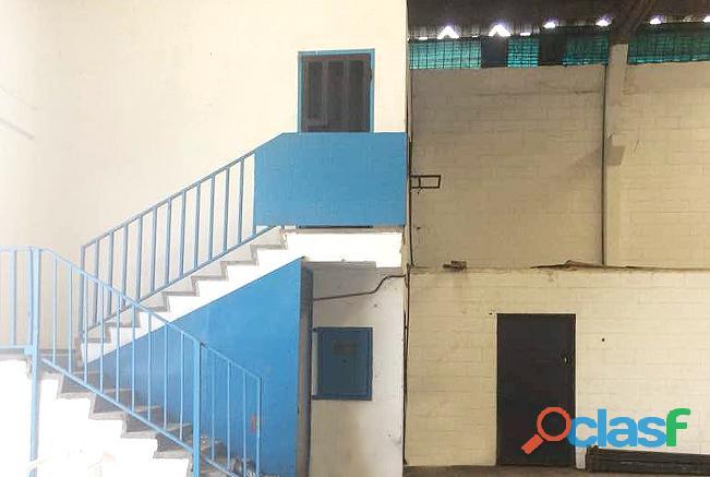 En Alquiler Galpón 857 M2 Zona Industrial Carabobo  YGL2 4
