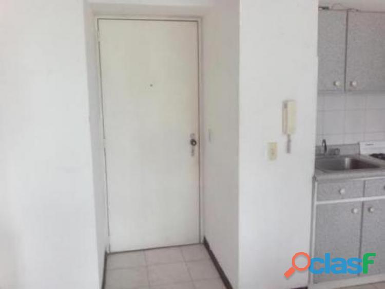 Apartamento consultorio las delicias sabana grande 50 metros