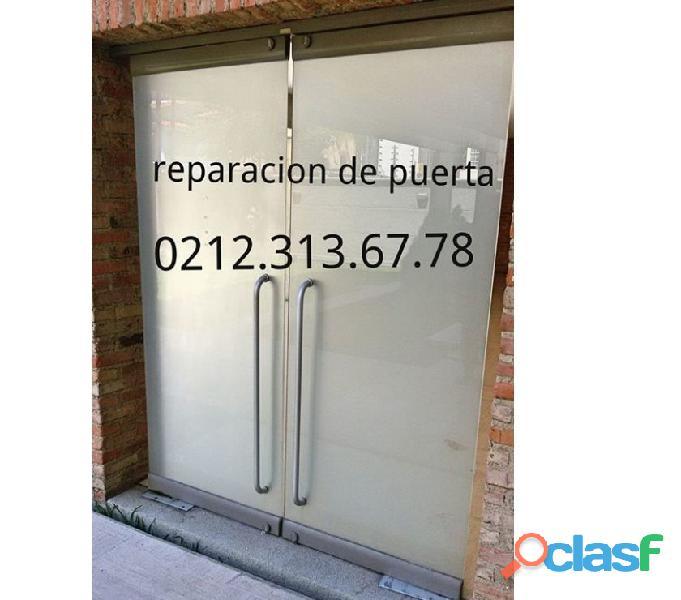 Servicio técnico especializado en reparación y mantenimiento de Puertas de Vidrio Caracas