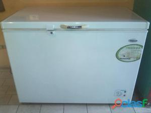 Congelador refrigerador frigilux 300 litros negociable