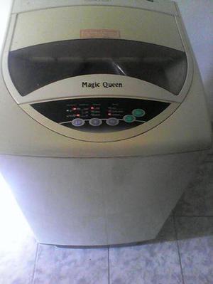 Lavadoras automática magic queen 7.2kg usada caja dañana