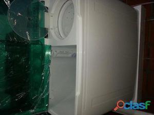 Vendo lavadora semi automatica doble tina 12 kg nueva de pqt