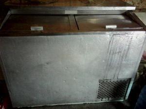 Enfriador congelador de dos puertas totalmente operativo