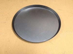 Platos para pizzas en acero listos para ser curados (30cms)