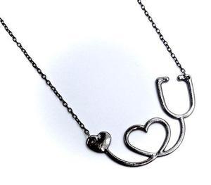 Collar forma de corazón estetoscopio de moda