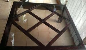 mesa de madera cuadrada con vidrios para sala en chacao