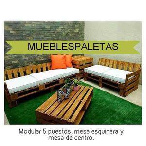 Muebles de paletas con bases acolchadas
