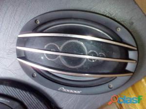 4 cornetas pionerr con base para carro