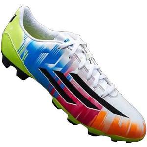 50ecd5fc112c0 Zapatos tacos para fútbol campo adidas messi para niños