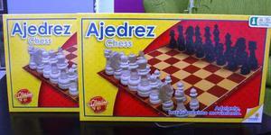 Juego de mesa ajedrez marca ronda nuevo sellado.
