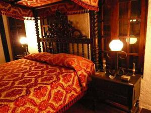 Mesas noche madera anuncios julio clasf - Mesas de dormitorio ...