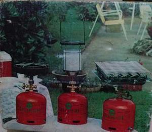 Cocina de camping con accesorios