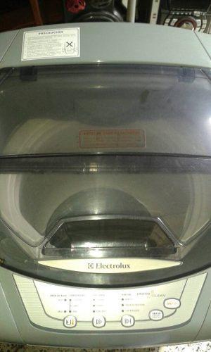 Lavadora electrolux 7 kilos 6 meses de uso