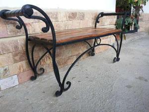 Banco hierro forjado clasf for Banco de jardin de hierro y madera