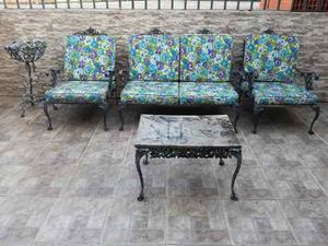 Vendo juego de jardín hierro forjado mesa, sillas y matero