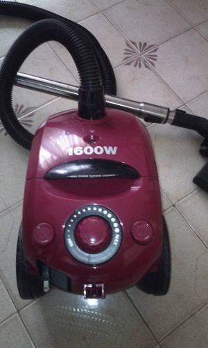 Aspiradora Marca: Daewoo 1600w