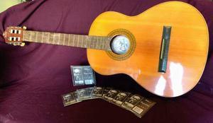 Guitarra tatay con set de cuerdas albert augustine ltd nuevo