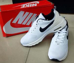Nike air max thea blancos caballero 40 al 45 tienda fisica