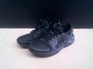 Zapatos nike huarache blancos negros para caballeros