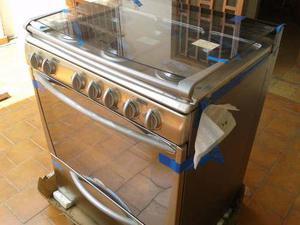 Cocina gas 6 hornillas nueva clasf for Cocinas a gas nuevas
