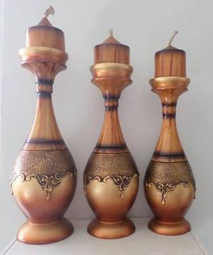 Candelabro en madera tallada