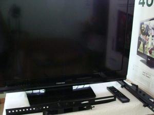 Televisor toshiba hd lcd 40 en su caja como nuevo, con base