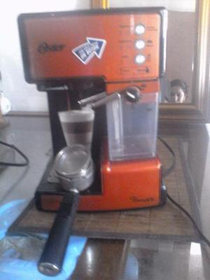 Cafetera oster prima latte como nueva
