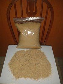 Aserrin viruta fina y gruesa como sustituto arena para gatos