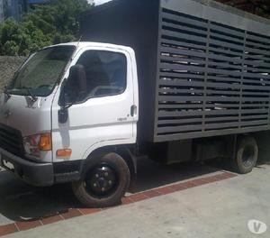 Se vende camion hyunai hd65, 2013.