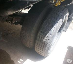 Camion 350 en perfecto estado a toda prueba listo para viaja