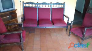 Se vende juegos de muebles rojo en buen estado, ceibo en buen estado, maquina de cose singer 968