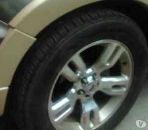 Se vende camioneta ford explorer eddie bauer 4x4 limite 2010