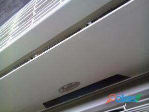 Aire acondicionado split de 18000 btu en perfecto estado.