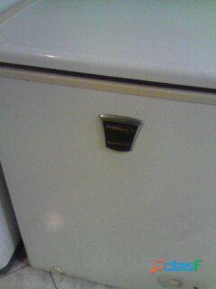 Cava freezer 100 litros en perfecto estado