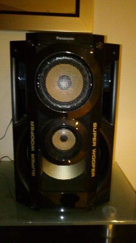 Equipo de sonido panasonic casi nuevo. poco uso