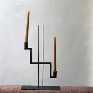 Candelabro hierro pintado en negro para dos velas como nuev