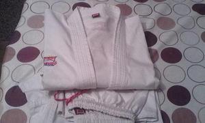 Kimono (karategui) talla: 7 marca: bushido pesado (kata)