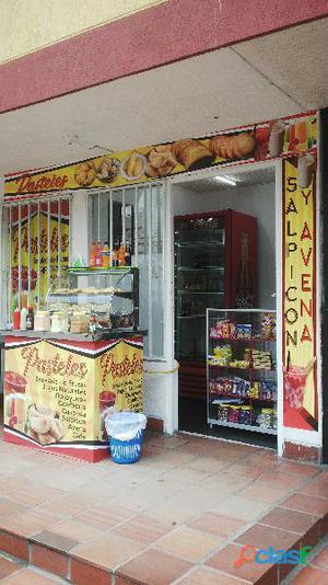 Se traspasa local comercial en cúcuta colombia en funcionamiento