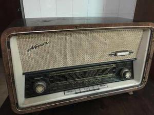 Radio antiguo colección multibanda