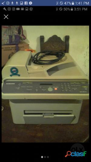 Se vende Fotocopiadora Samsubg Multifubcional