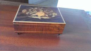 Cofres de madera / joyero / caja musical
