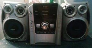 Equipo de sonido panasonic 5 cd