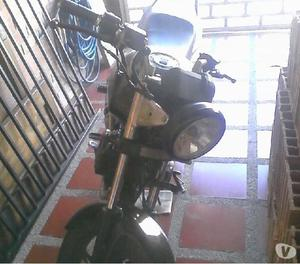 Se vende moto speed 200